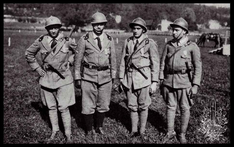Uniforme degli Arditi della Grande Guerra